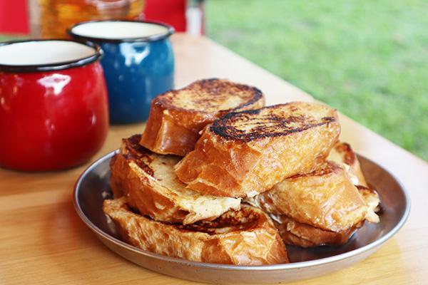 キャンプの朝食/フレンチトースト