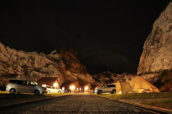 夜の白崎海洋公園オートキャンプ場