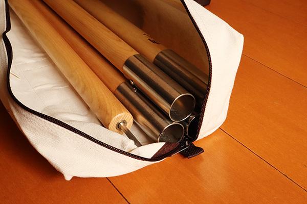 Fieldoor木製ポール_収納バッグに4本収納
