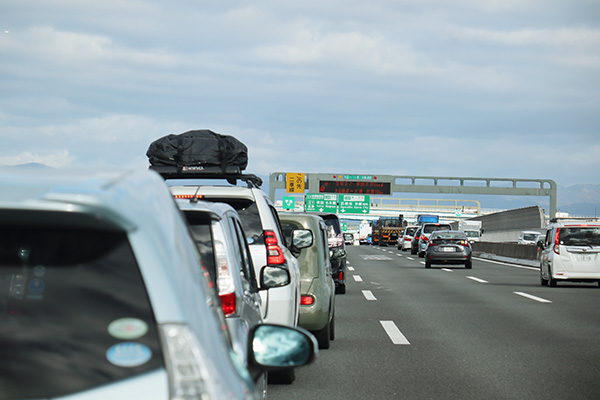 高速道路の事故渋滞