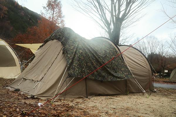 ミリタリーなDDタープでテントをカバー