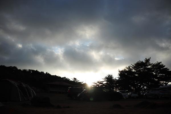 峰山高原キャンプ場の朝日