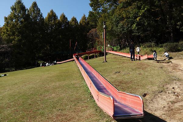 平成榛原子供のもり公園の遊具