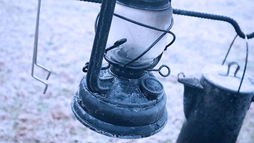 シャリシャリに凍ったハリケーンランタン