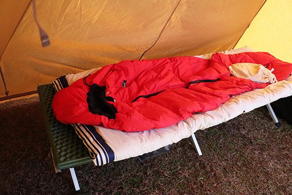 キャンプ本日の寝床