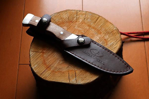 MossyOakのフルタングナイフ