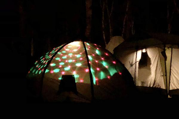 プロジェクションなテント