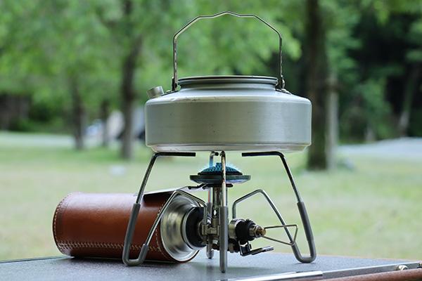 ST-310と山ケトルで湯を沸かす
