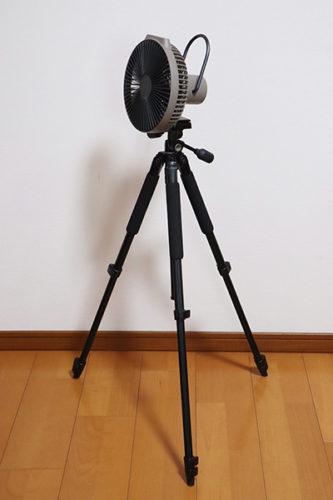 カメラの三脚にも取り付け可能なクレイモアV600+