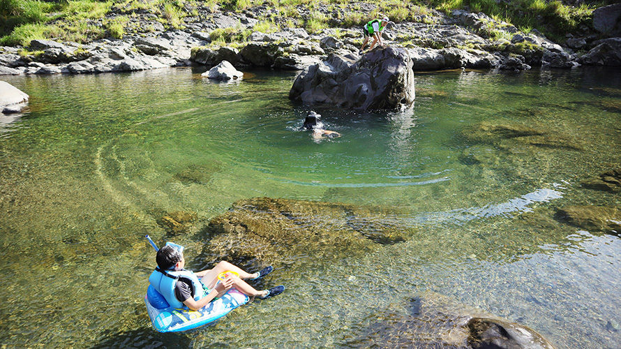 オートキャンプ庵の郷で川遊びキャンプ